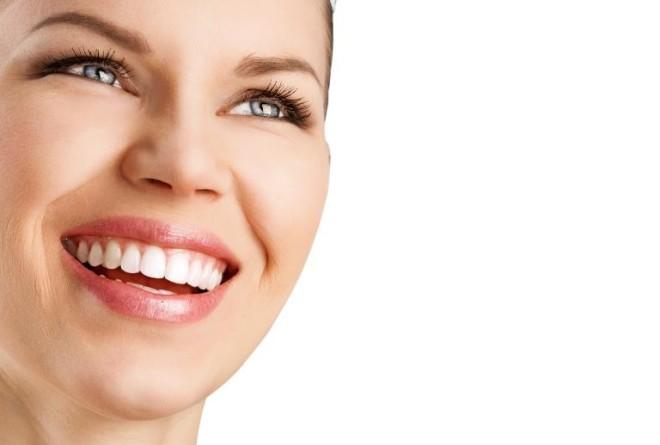 Clareamento Dental O Guia Completo Dra Lia Alves Schinetski